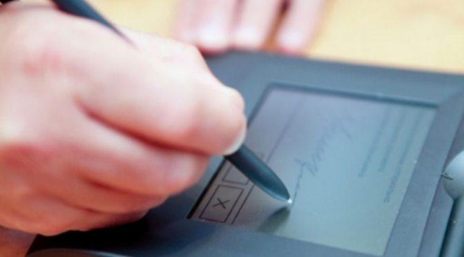 Сохранность цифровых документов обеспечит нотариус