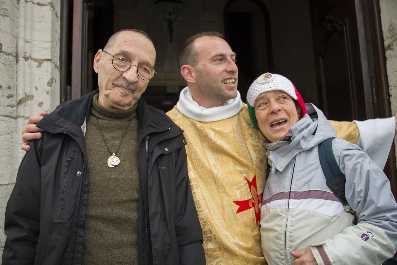 Pasteur sur le Camino avec les Marcheurs de l'Espérance