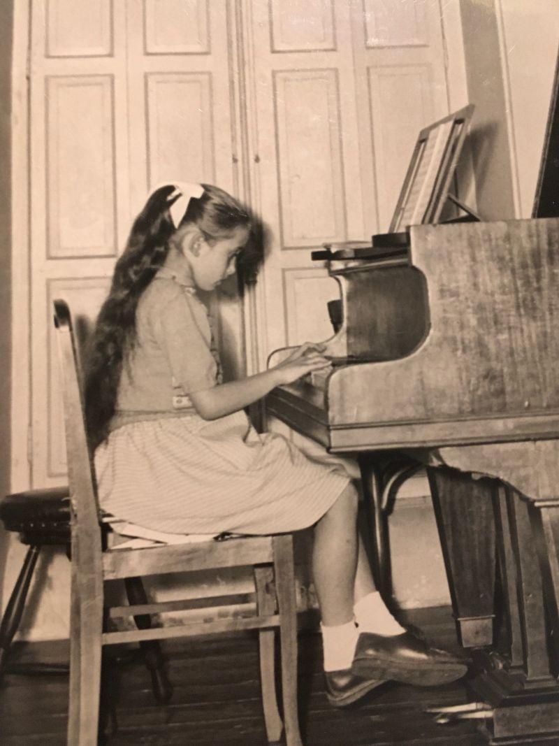 Premiers émois musicaux : Elisabeth Lamarque, pianiste et pédagogue (I)