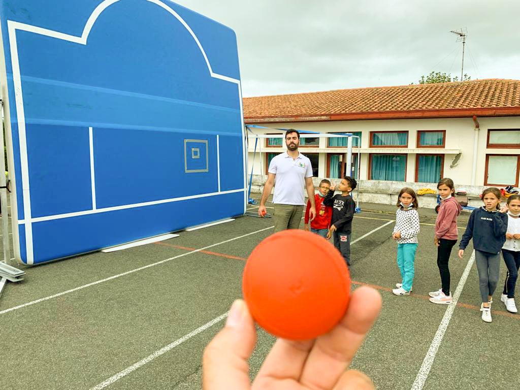 Premières balles Sport Santé Pitchouns