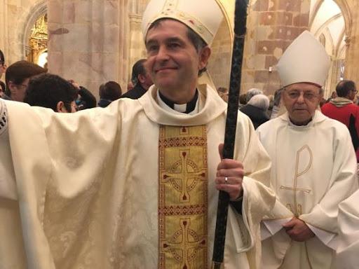 évêque Segura Bilbao.jpg
