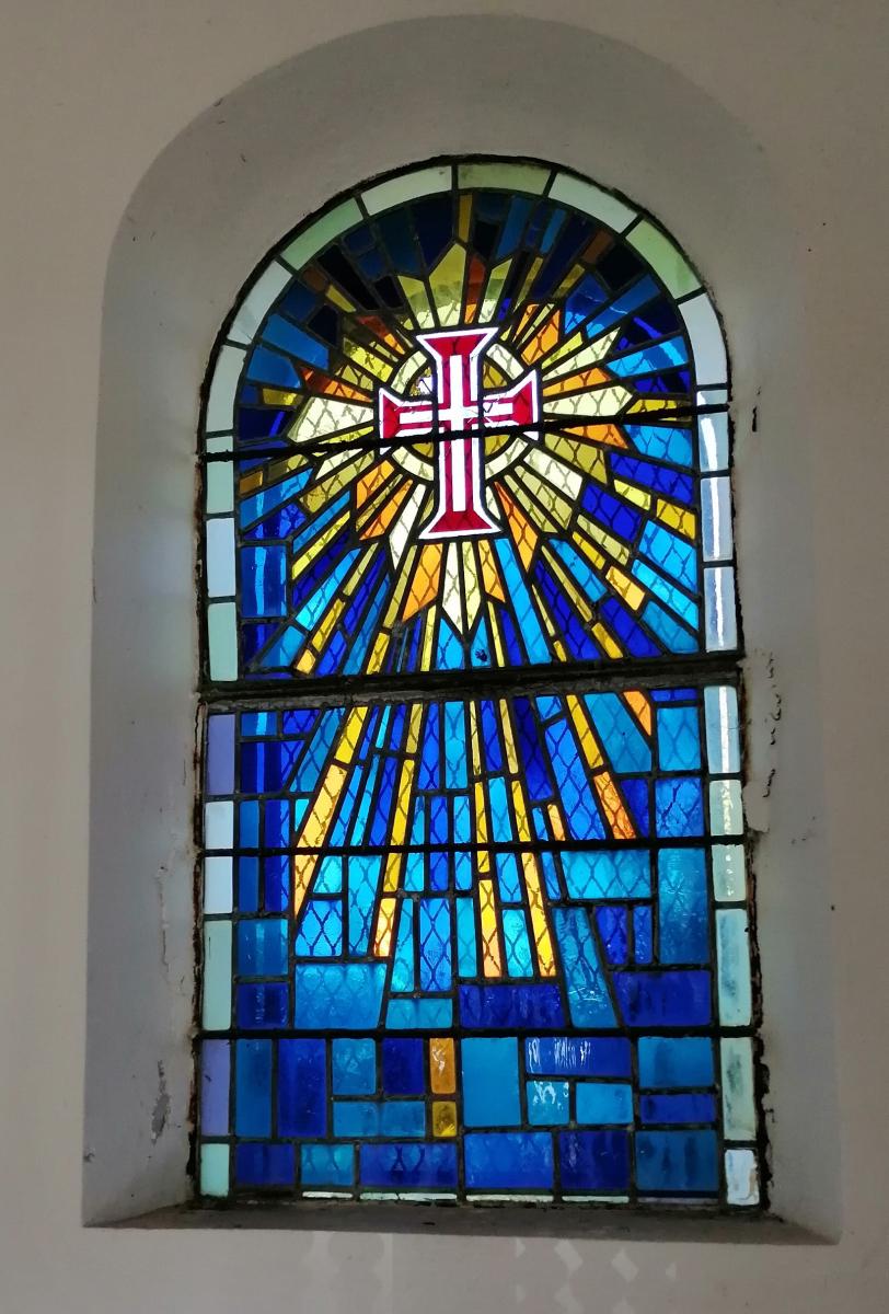 Vitraux de la chapelle.jpg