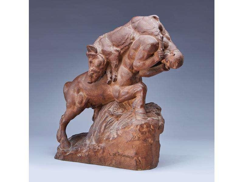Grès « Centaure au sanglier », par Louis de Monard