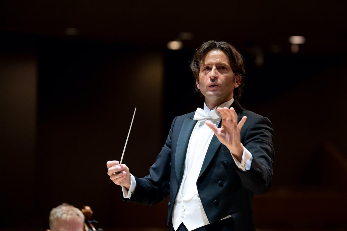 Orchestre de Paris le 10 septembre : Gustavo Gimeno remplace Riccardo Chailly