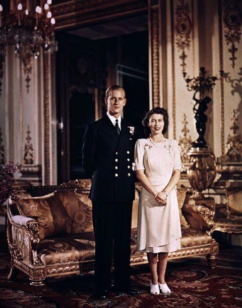 zJeunes mariés avec la future reine d'Angleterre.jpg