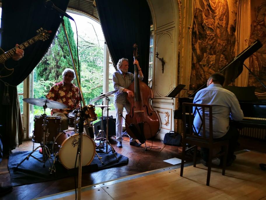 Swingin'Bayonne : ultime feu d'artifice jazzistique au château d'Arcangues... avant pass'contrôle coercitif & crépuscule sanitaire