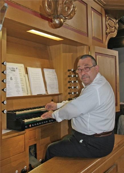Le pianiste polonais Rafal Blechacz ce vendredi à Biarritz et l'organiste Philippe Guilmard à Hendaye mardi