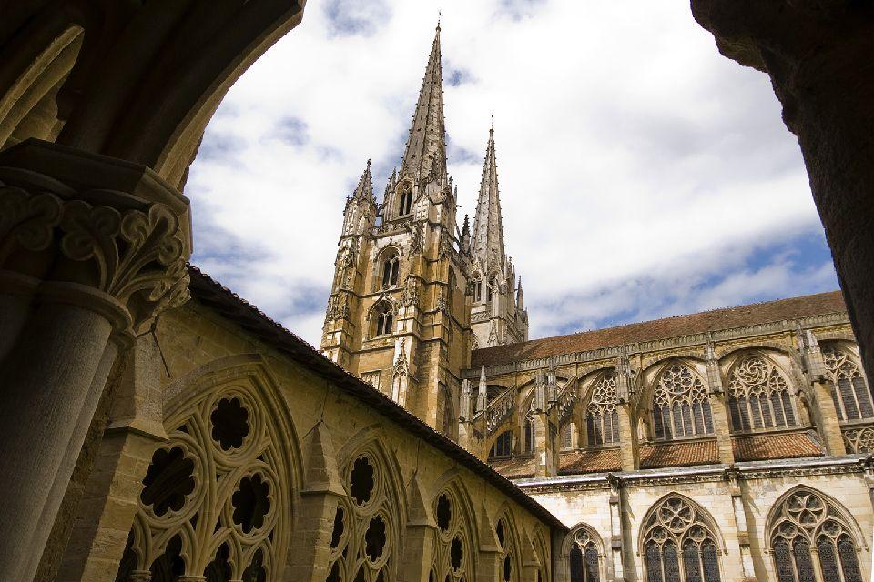 Cathédrale de Bayonne : le chantier de restauration reprendra en septembre