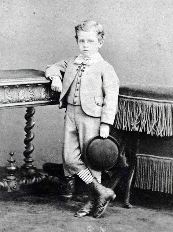 zMusique1 haut1 Albéric Magnard, enfant, vers 1867.jpg