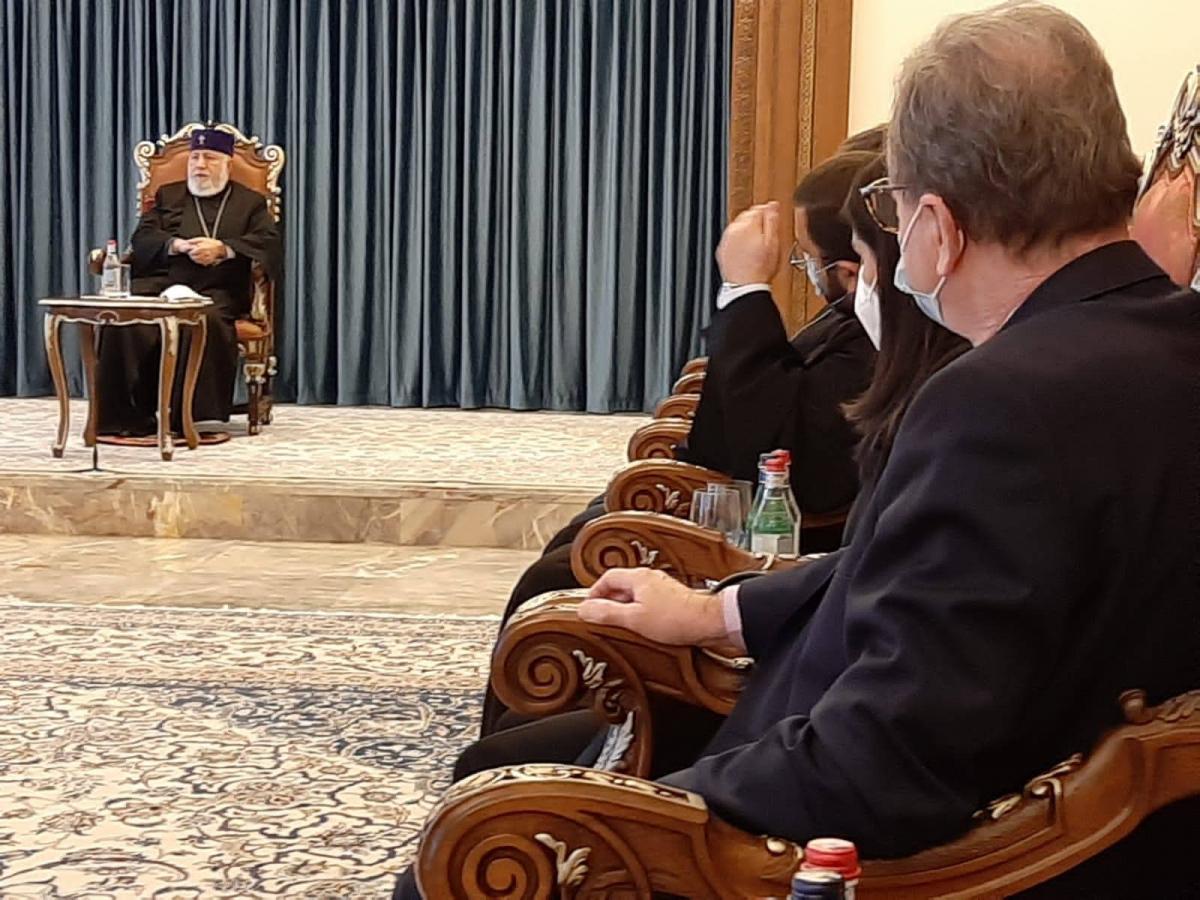 patriarche des Arméniens.jpg