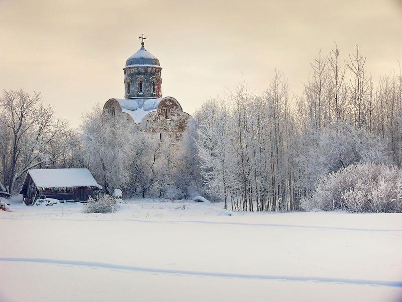 Церковь_Николы_на_Липне_1.jpg