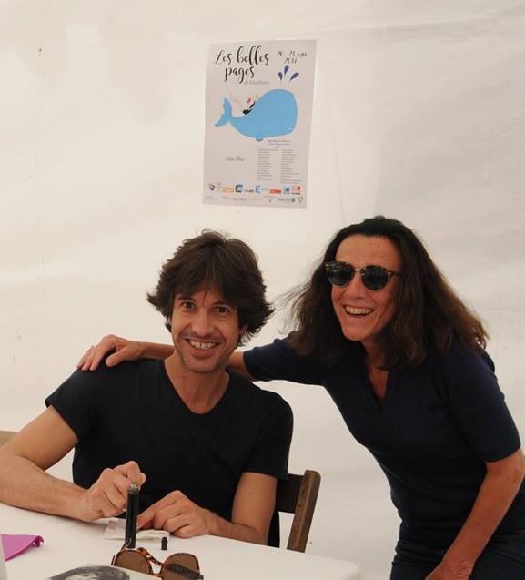 Harold Cobert et Christine Puech, l'organisatrice des Belles Pages à Guéthary.jpg
