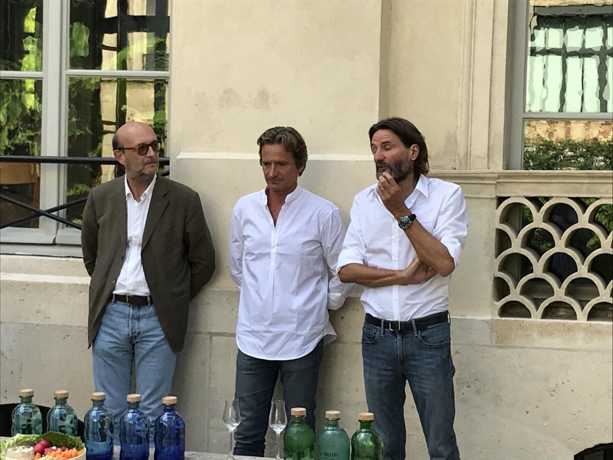 Biarritz : dégustation et dédicaces de la vodka des frères Beigbeder chez Arostéguy