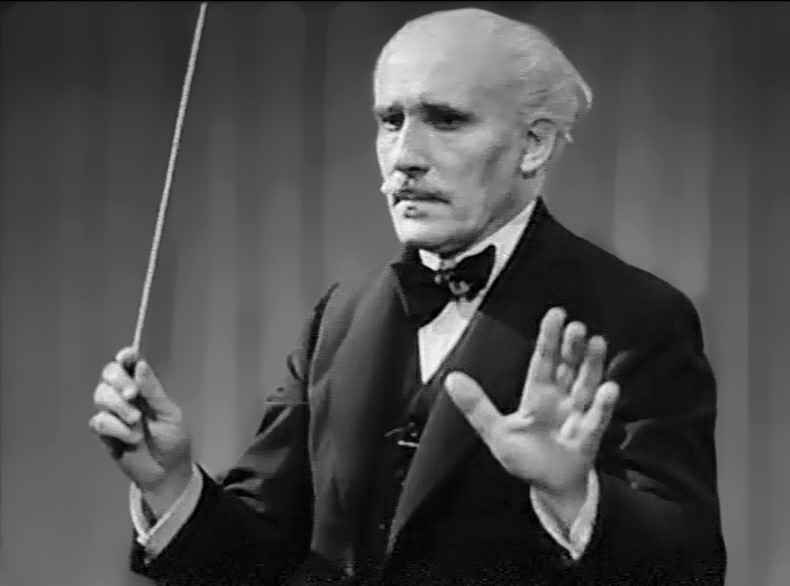 zMusique1Toscanini_conducting_Verdi's_La_Forza_del_Destino 1944.jpg