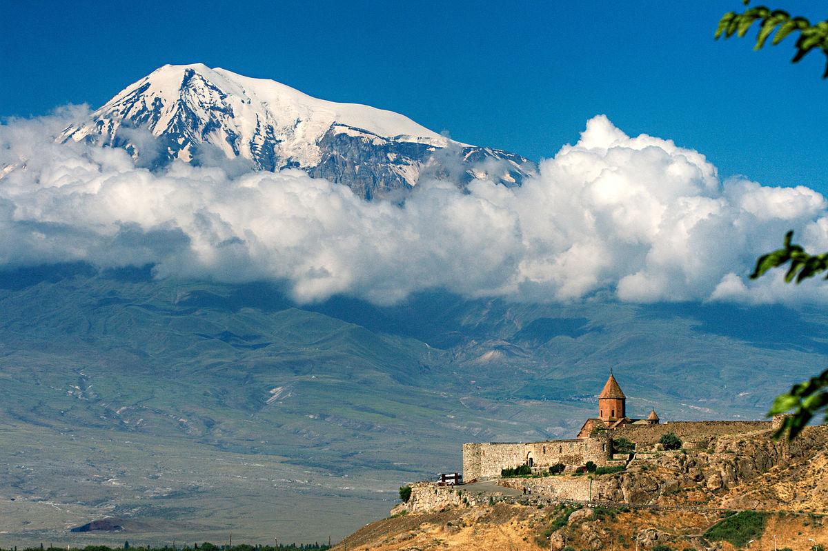 L'arche de Noé et le monastère de Khor Virap