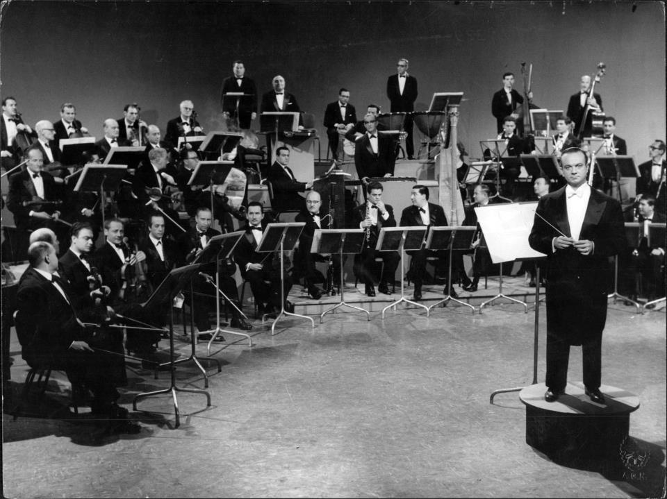 Astor_Piazzolla_(canal_13,_1963).jpg