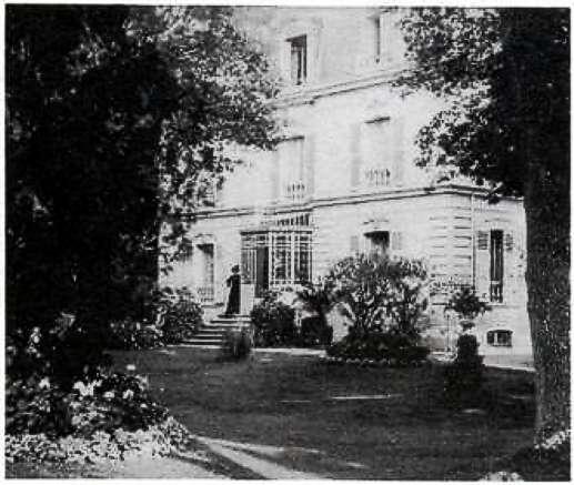 zMusique1 La Villa Chaminade au Vésinet vers 1900.jpg
