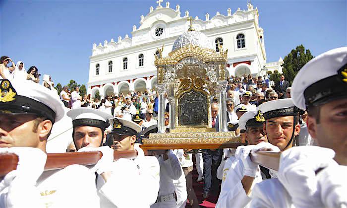 zTradition1 Procession de la Dormition dans l'Eglise grecque.jpg