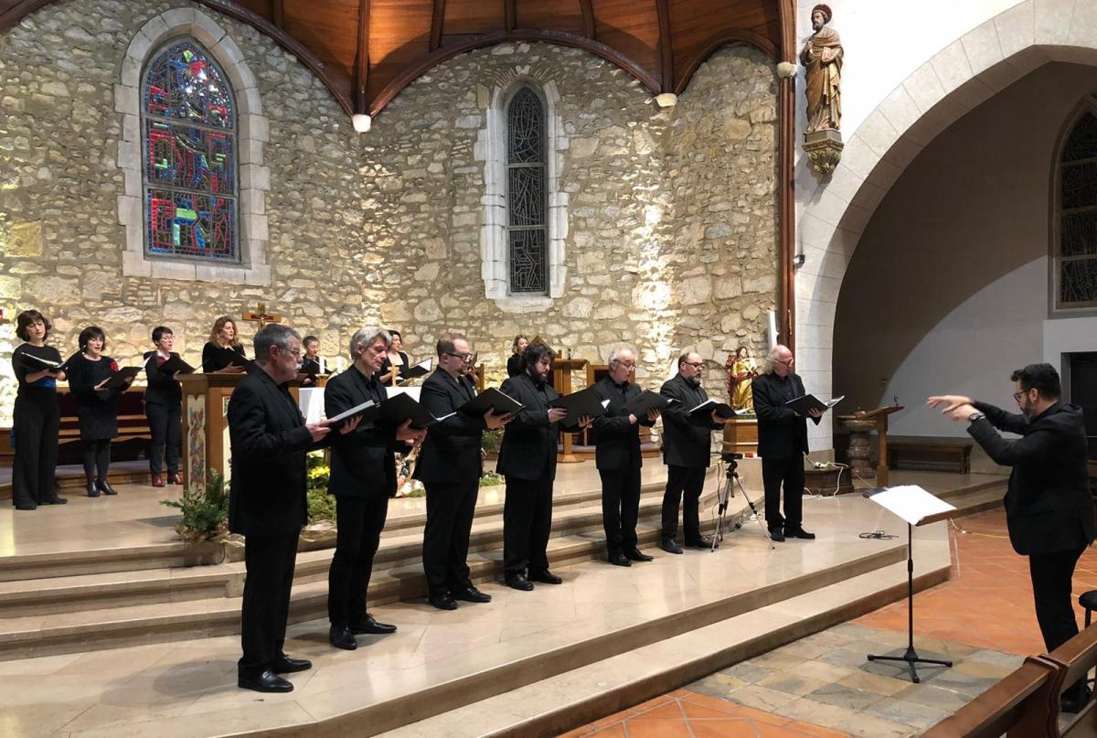 Le chœur Ascèse dirigé par Philippe Mendes.jpg