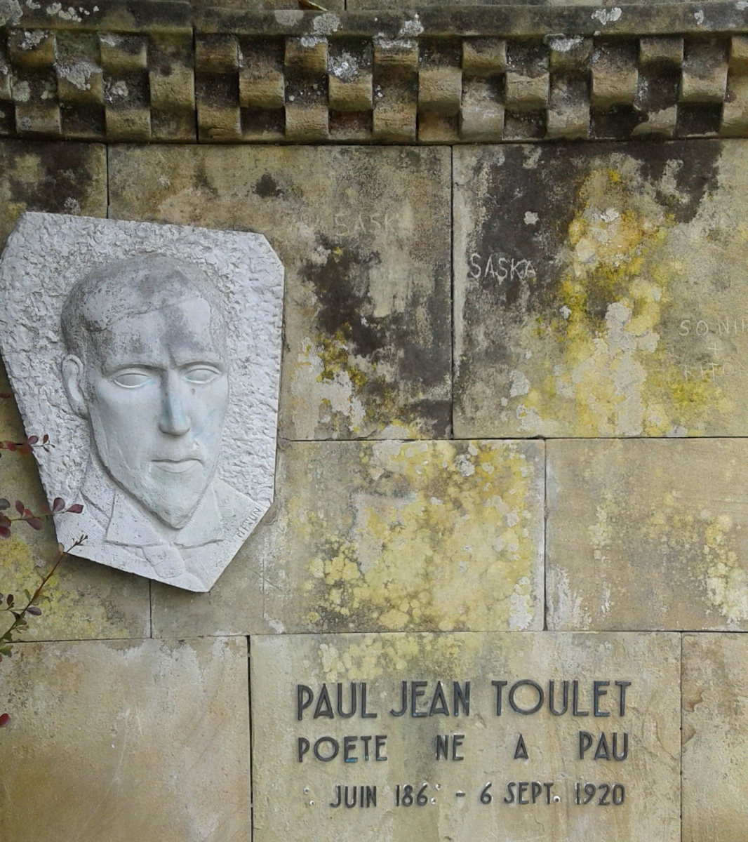 zPortrait1 3. Monument à Pau Paul-Jean Toulet.jpg