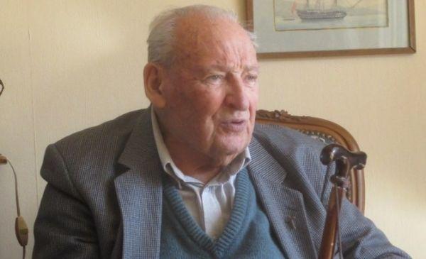 In Memoriam : Charles Bense