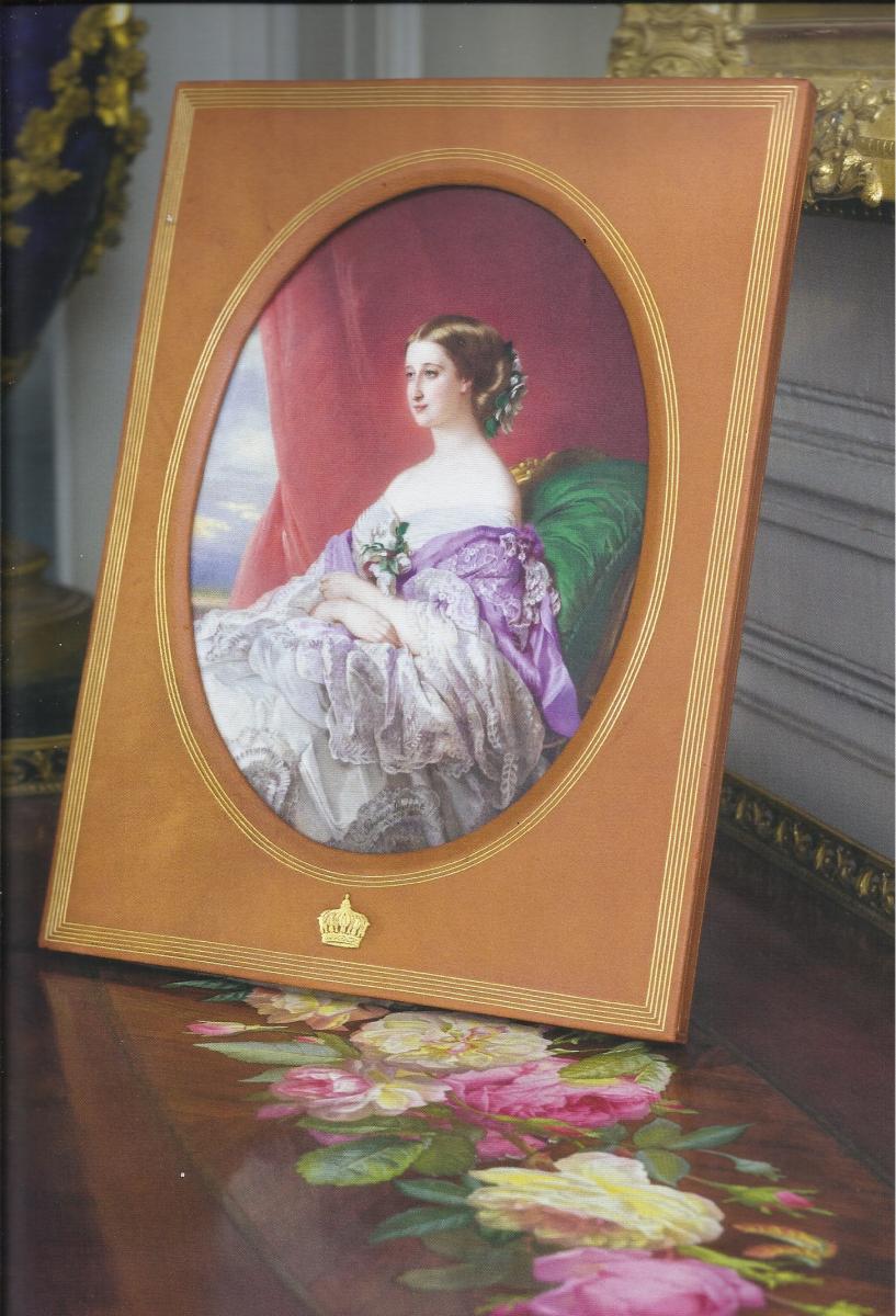Portrait de l'Impératrice Eugénie d'après Winterhalter ssur porcelaine de Sèvres.jpg