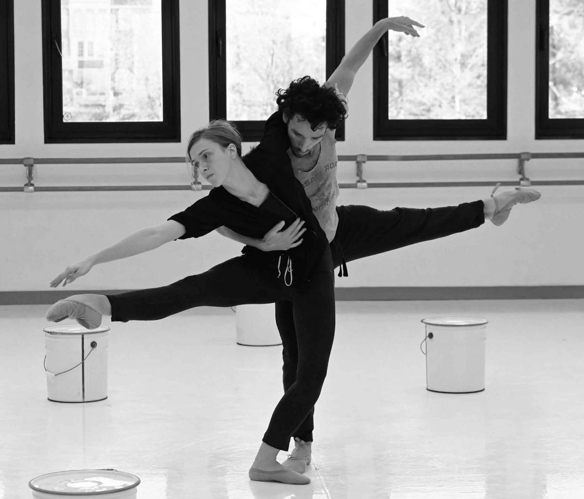 zDanse2 z nouveau ballet sur la musique de Sinfonia de Luciano Berio Irma Mickael.jpg