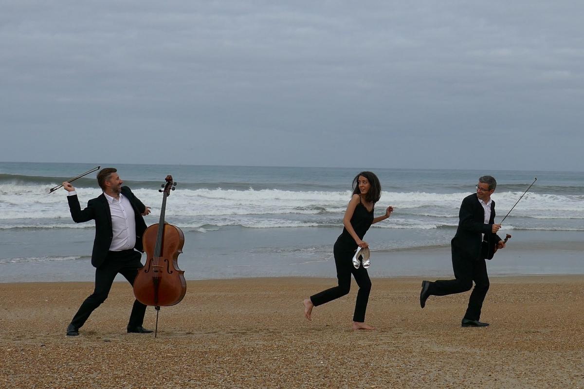 Quand le « Belharra Trio » surfe sur une vague… féminine !
