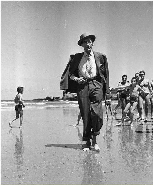 Cocteau sur la Côte des Basques, 1949.JPG