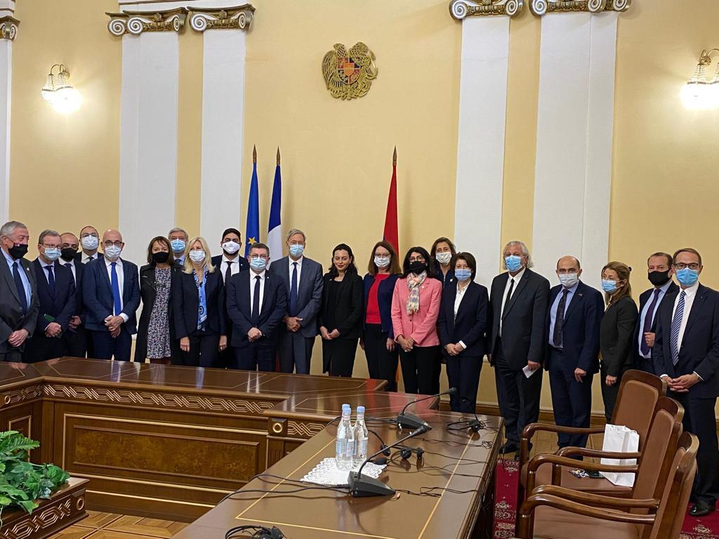 délégation rencontre 1er ministre.jpg