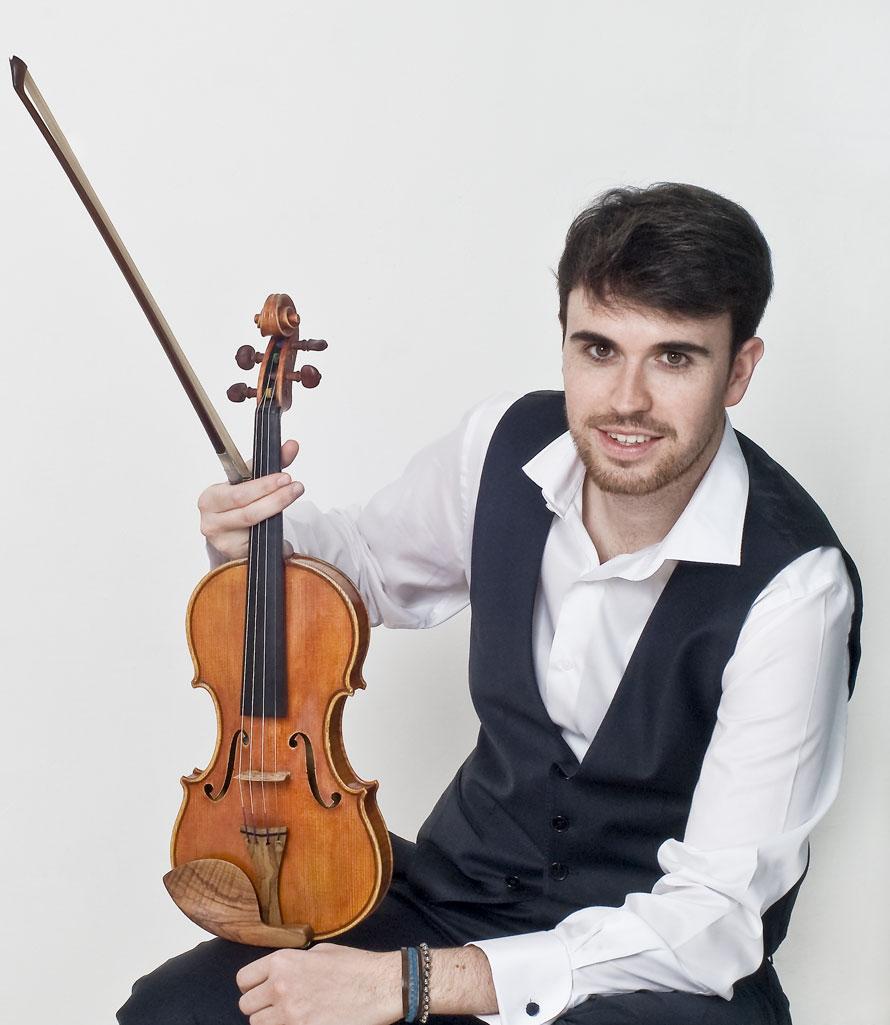 zManif1 1. violoniste Jonathan Mesonero.jpg