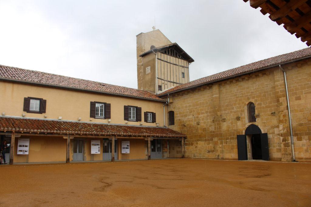 zMusique1 2. Abbaye de Lahonce.jpg