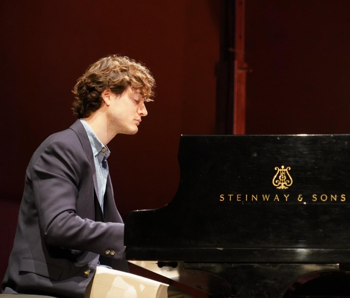 zMusique HAUT1 Thomas Enhco piano.jpg