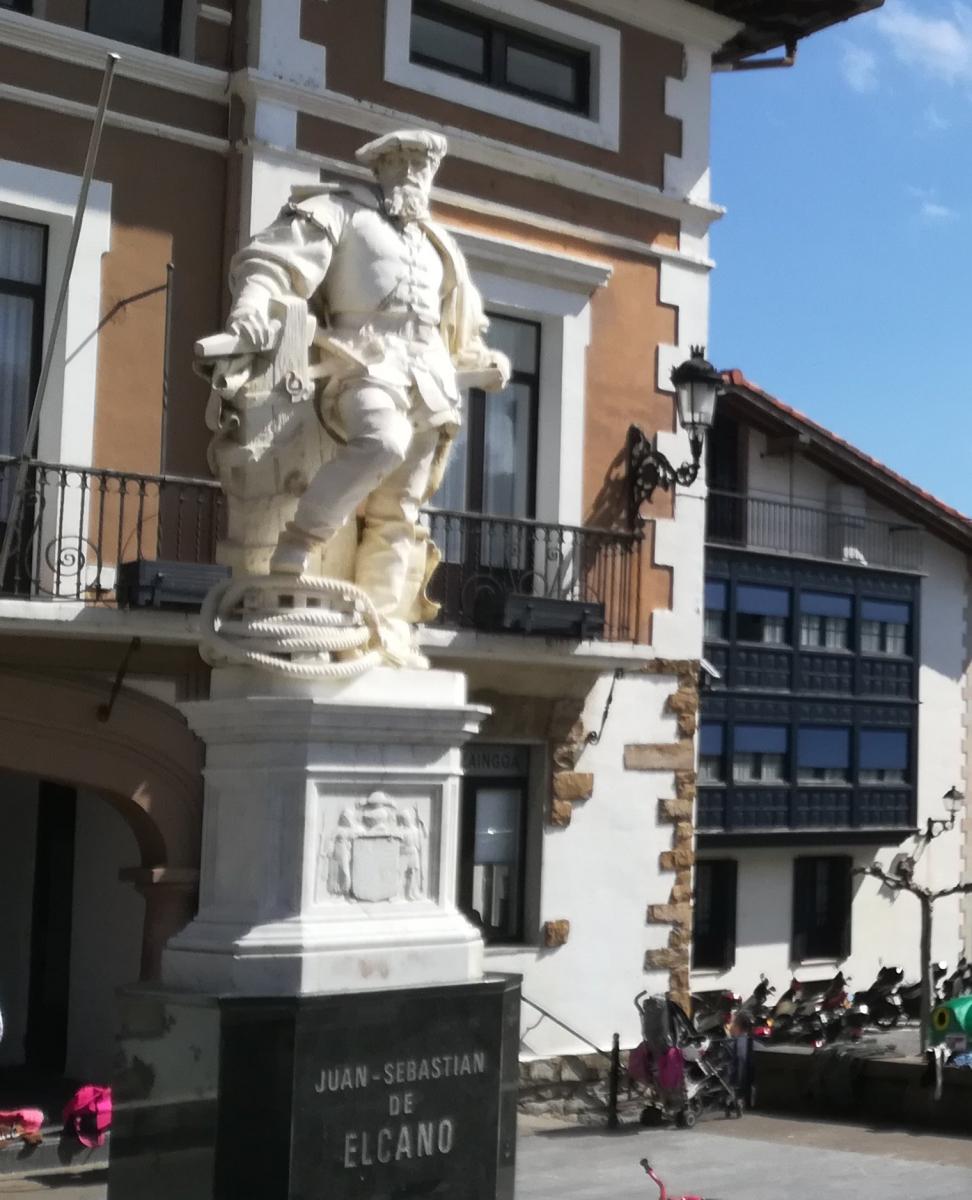 Ustaritz : Elkano et le premier tour du monde en 1522 lance Hartzaro