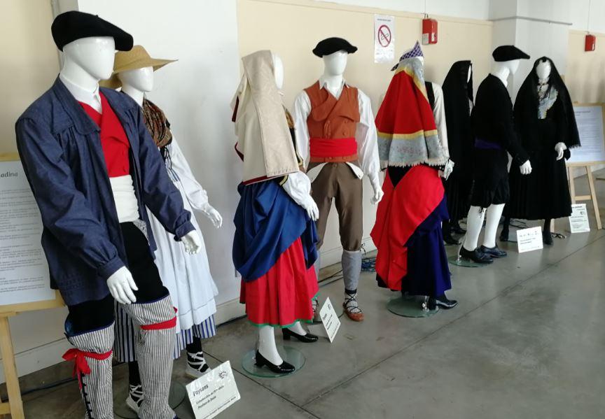 Costumes civiles 2.JPG