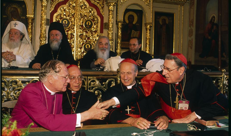 zCardinal Roger Echegaray, Président du Conseil Pontifical Justice et Paix.jpg
