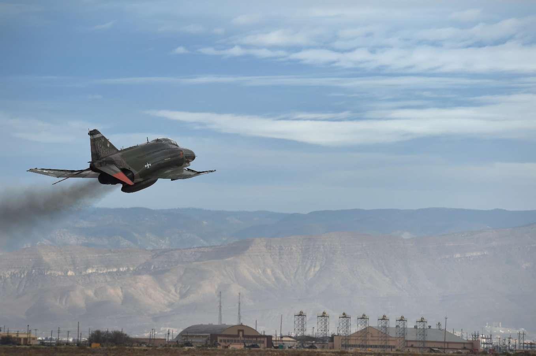 USAF bids farewell to F-4 Phantom