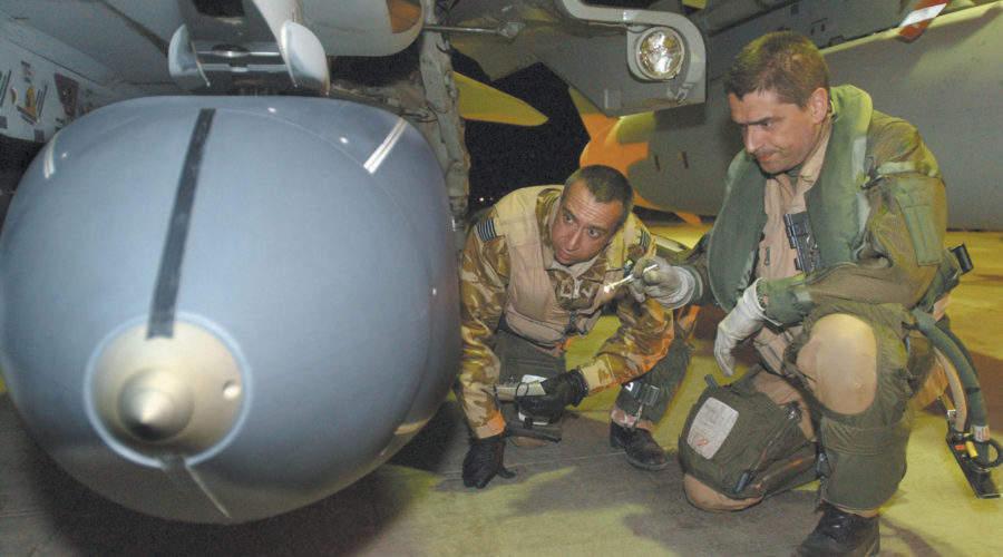 U.K., France strengthen defence cooperation