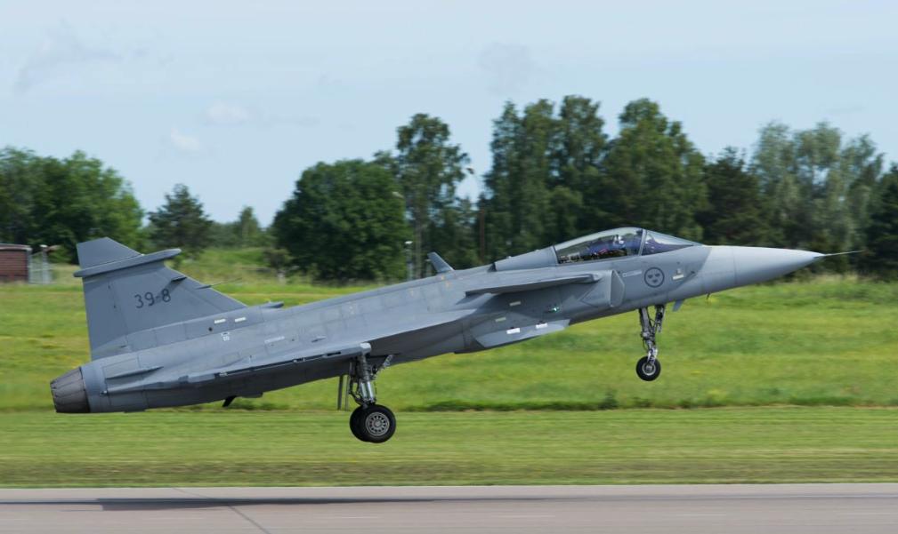 Gripen E makes first flight