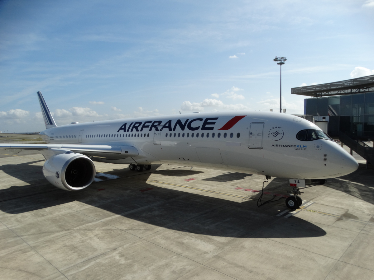 Air France takes delivery of a first Airbus A350-900