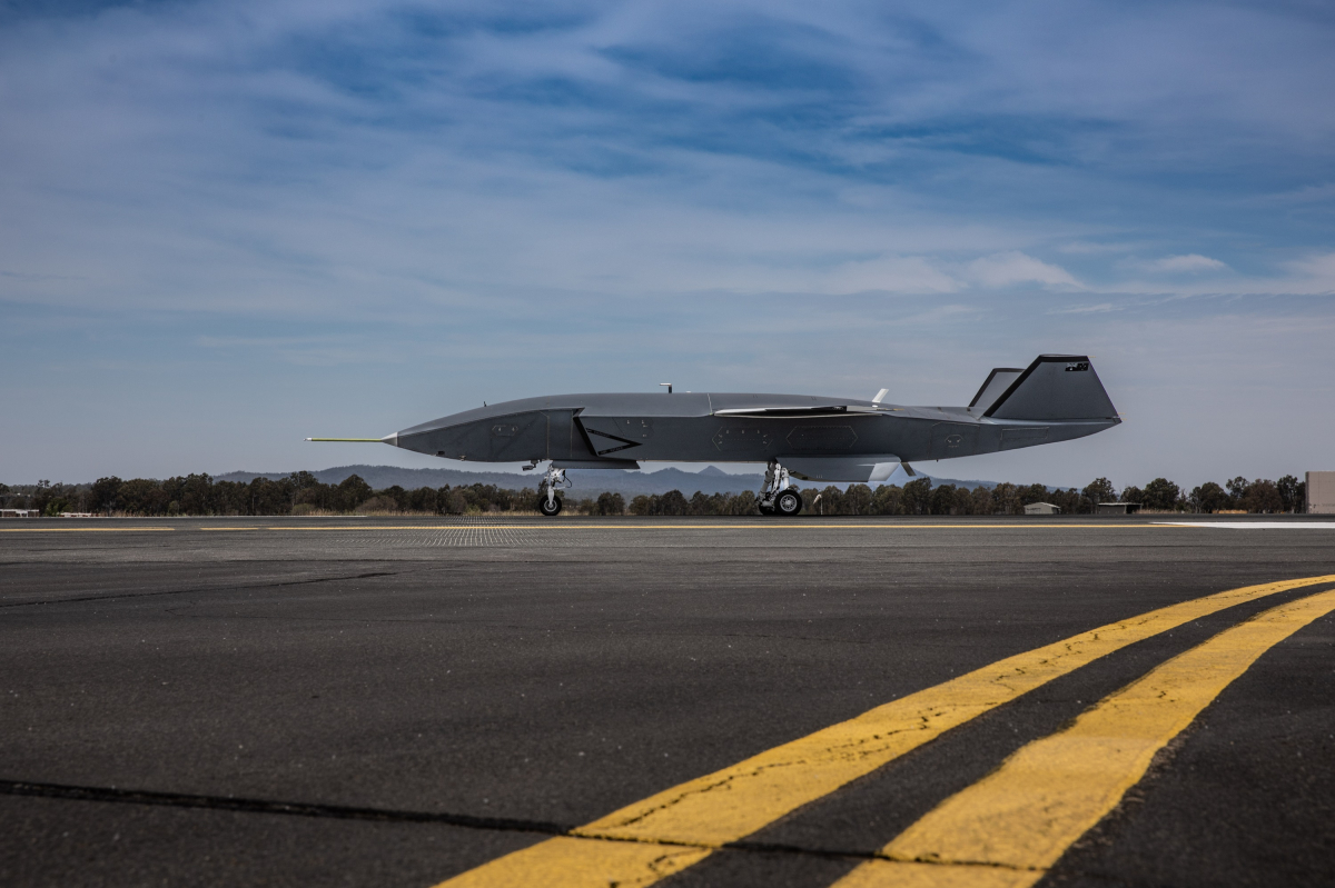 Successful Taxiing for the Boeing Loyal Wingman