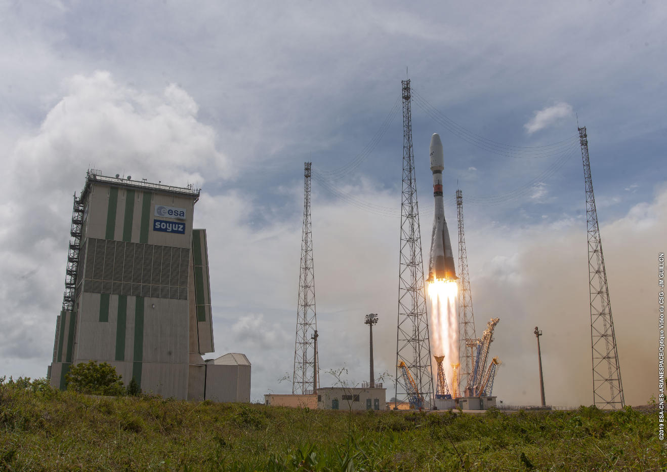 Arianespace launches O3b sats on Soyuz