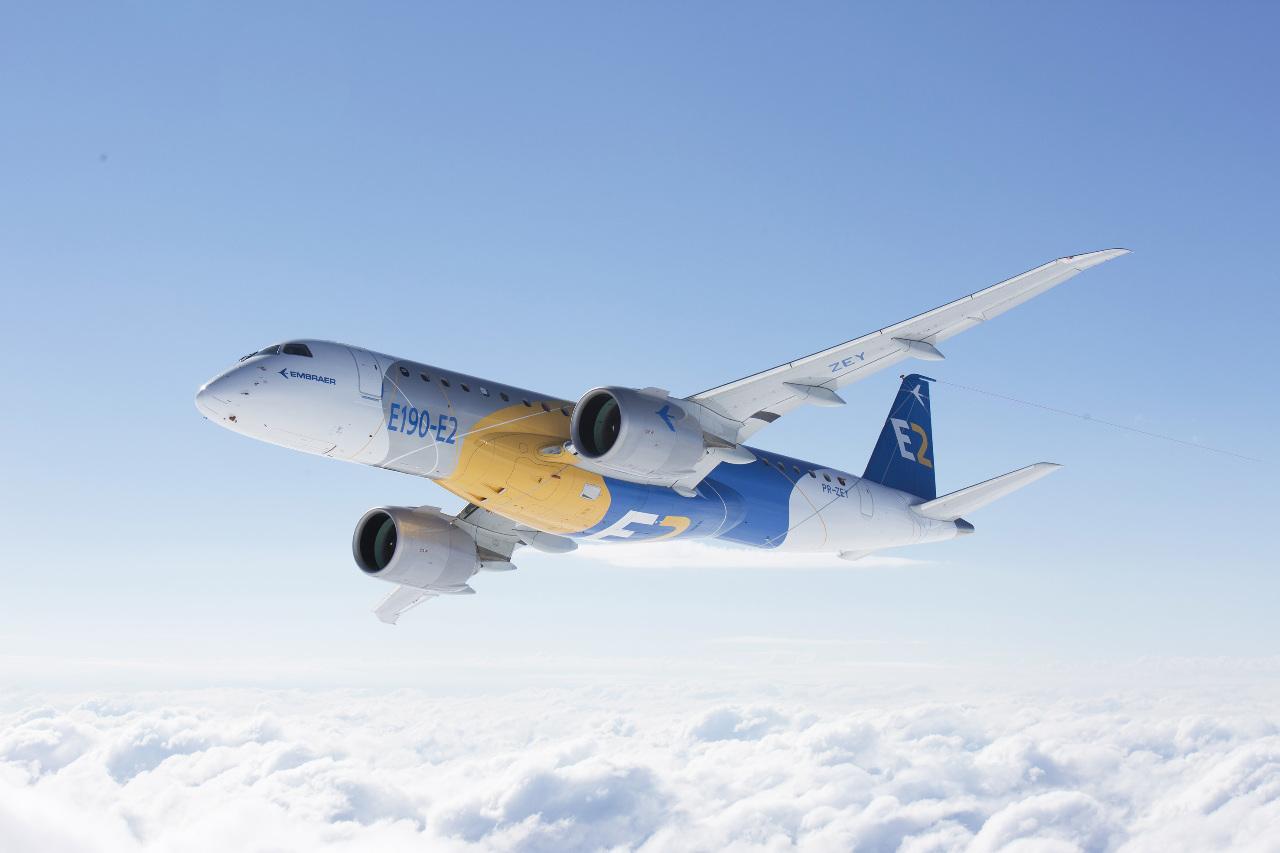 Embraer E190-E2 completes maiden flight