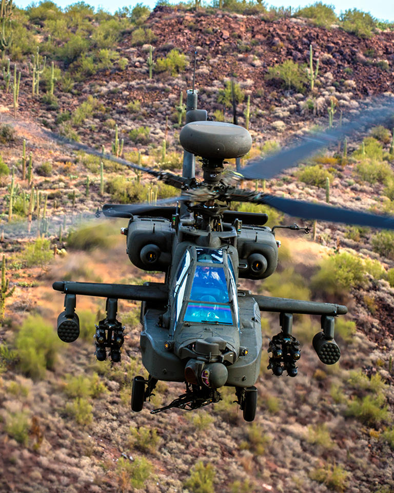 India receives its first helicopters Apache