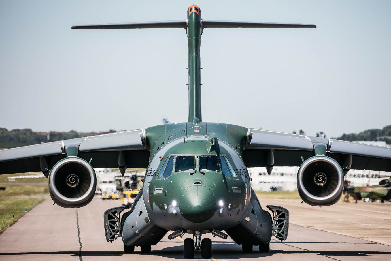Singapore 2018 : Embraer signs KC-390 agreement