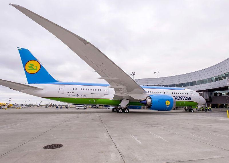 Uzbekistan Airways receives first Boeing 787