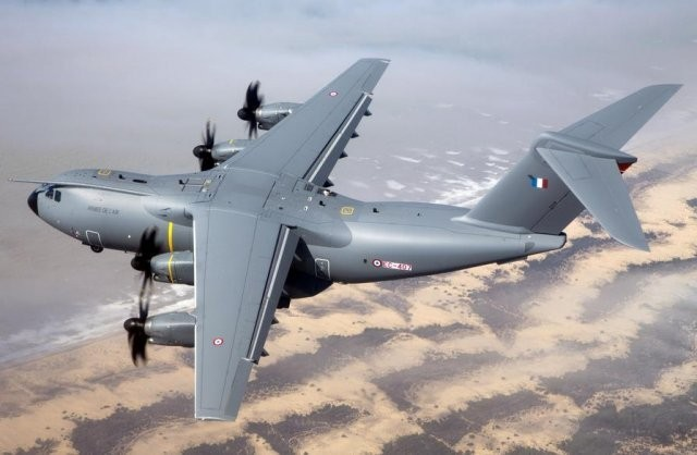 Airbus Group announces H1 charges on A400M, A350