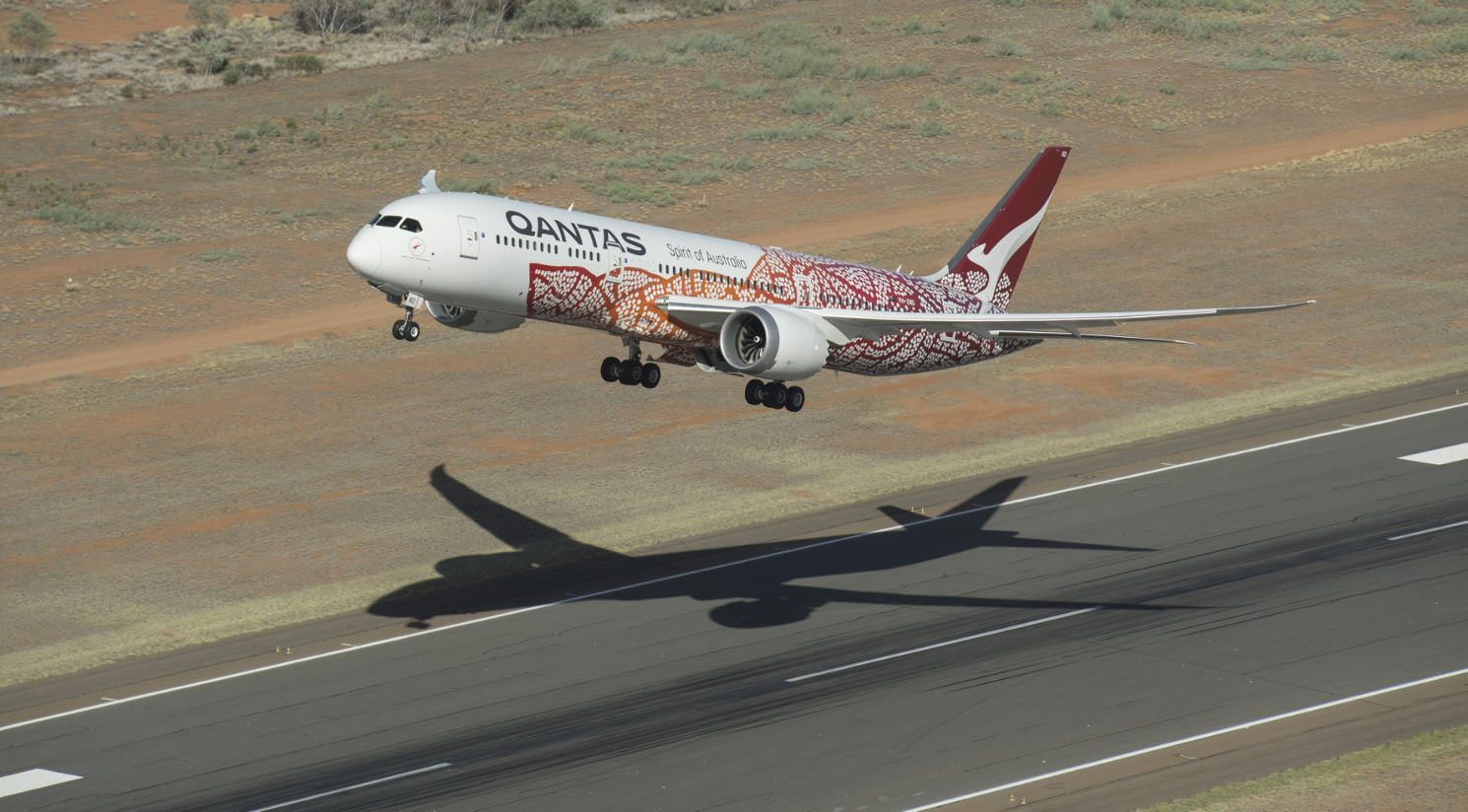 Qantas completes first direct flight from Australia to Europe