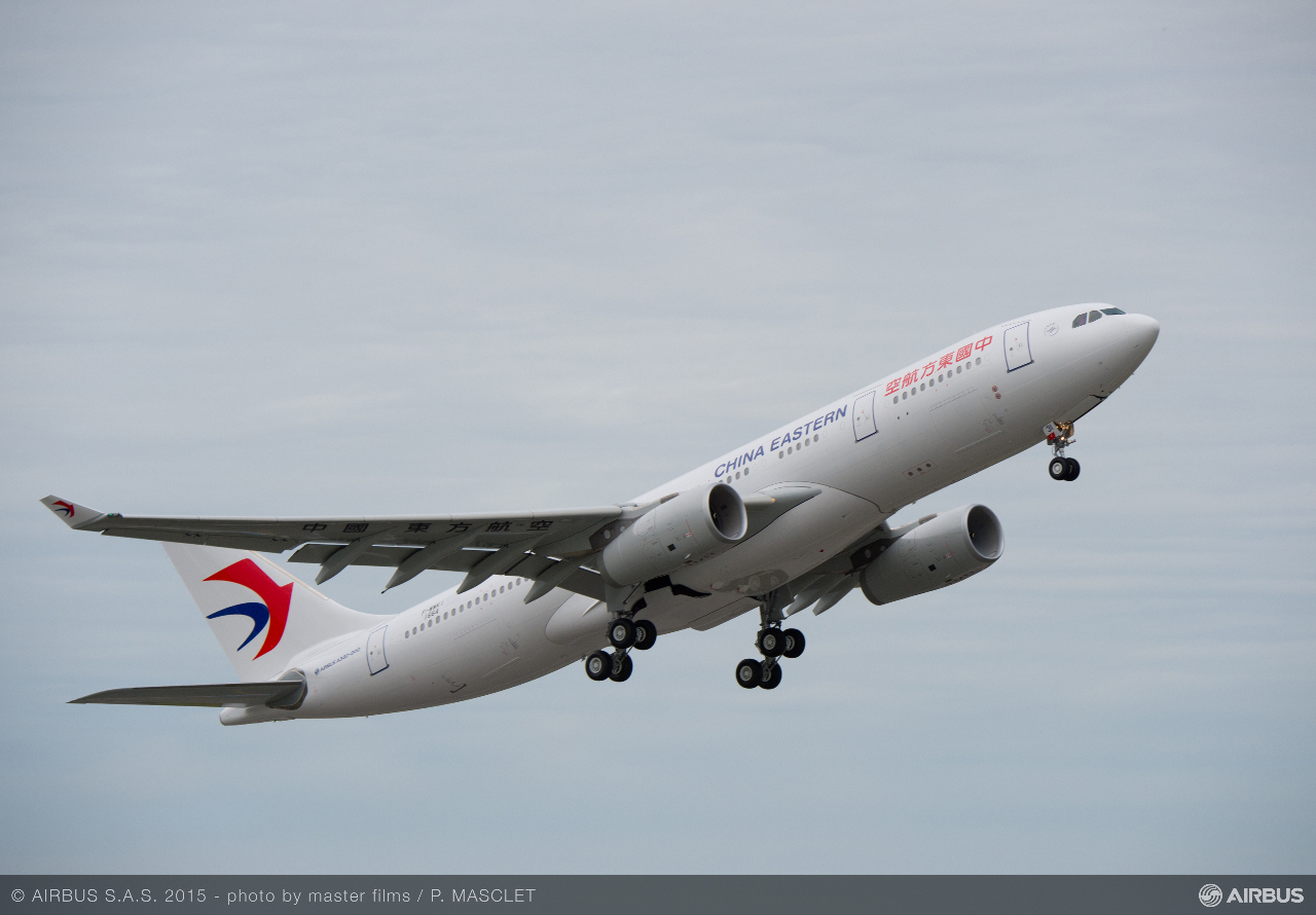 China Eastern orders A350s, Boeing 787s
