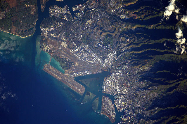 Earth seen from space by Thomas Pesquet: 7) Honolulu